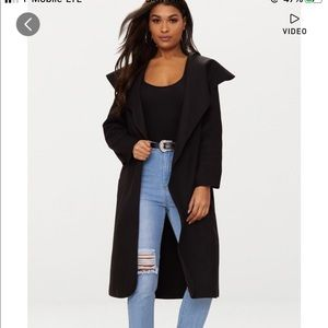 Black oversized coat w belt 🖤🙌🏼
